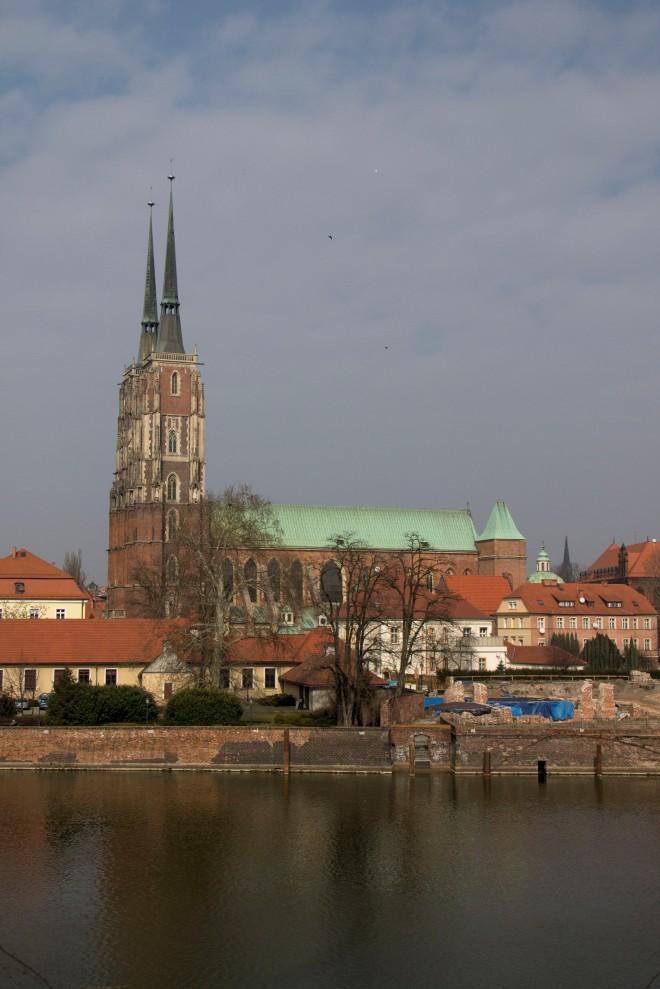 Vista desde la isla de la arena de la catedral