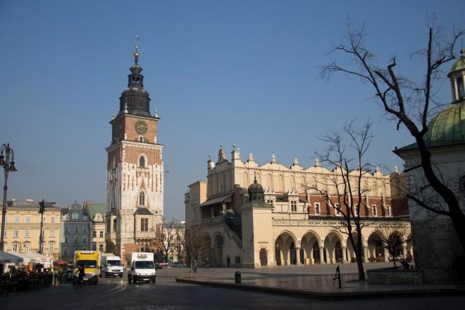 La plaza medieval de Kraków, es tan grande que no cabe en una sóla foto.